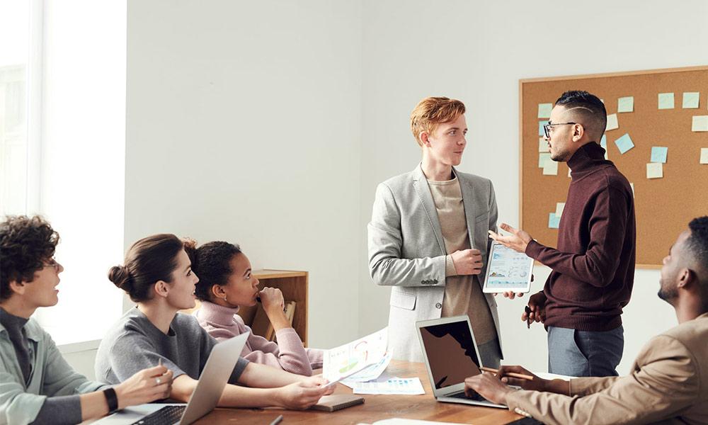 En el coaching empresarial se llevan a cabo dinámicas de grupo para fortalecer lazos